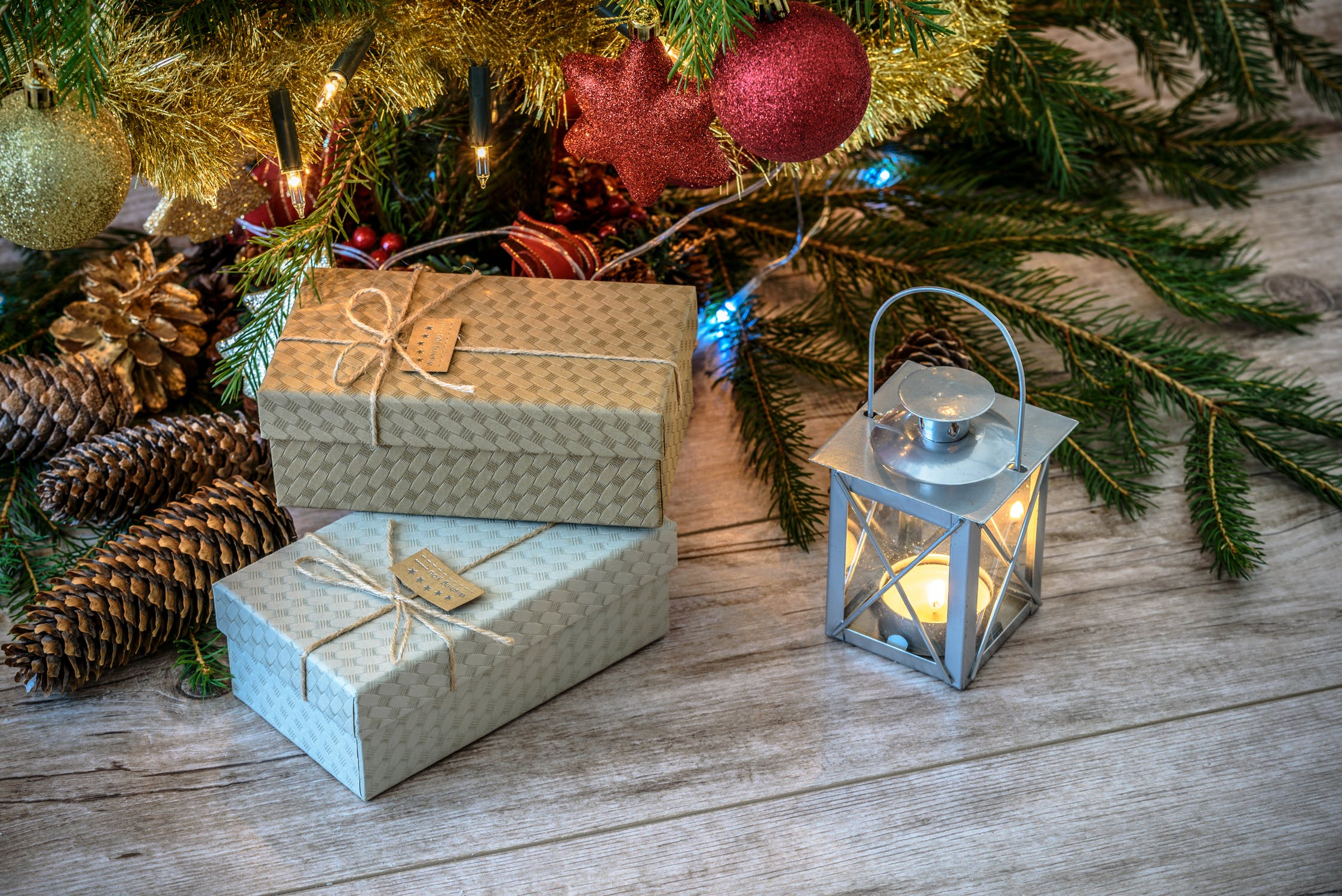 V současnosti jsou Vánoce spíš o dárcích a velkých penězích než o  vyslyšených přáních. bf4e8cf1fda