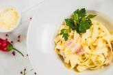 Recept na špagety carbonara určitě využiješ.