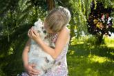 Vztah dítě-zvíře může být úžasný.