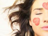 Přírodní kosmetika je obestřená mnoha mýty.