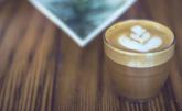 Káva s mlékem není to nejlepší pro naše zdraví.