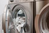 Prádlo může při nesprávném praní pořádně páchnout.