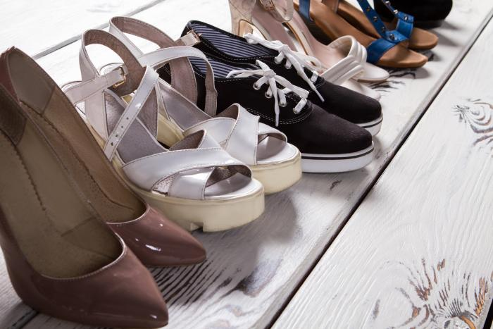 Každá žena by měla mít různé boty.