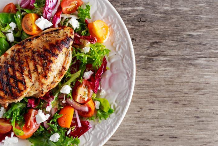Základem Atkinsonovy diety je ketóza.
