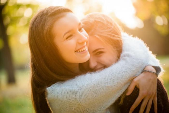 Proč se objímat? Je to prospěšné!