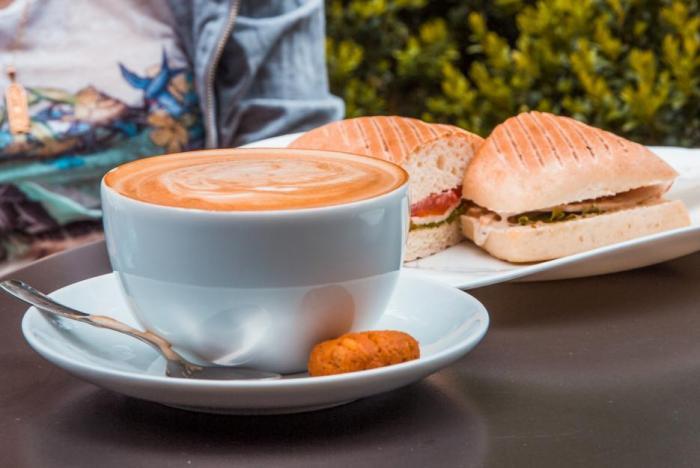 Víme, kam v Ostravě zajít na kávu, a rády ti to prozradíme!
