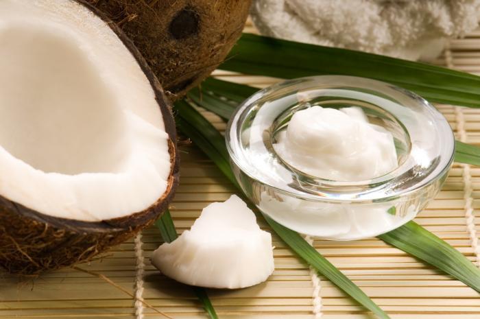 Kokosový olej není tak zdravý, jak prodejci zdravých potravin hlásají.
