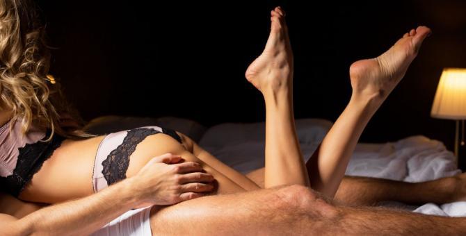 sex v posteli