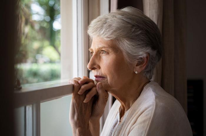 Co když se starší žena zamiluje do výrazně mladšího muže?
