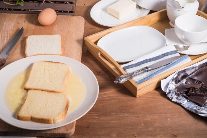 Chleba ve vajíčku si můžeš připravit v různých variacích.
