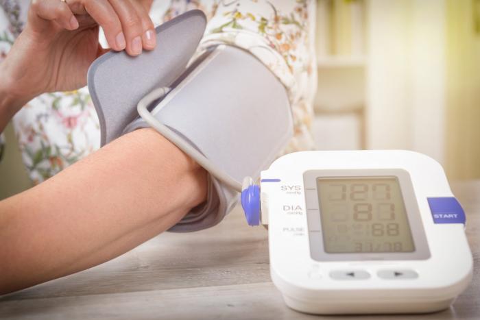 Vysoký tlak v těhotenství může uškodit matce i plodu.