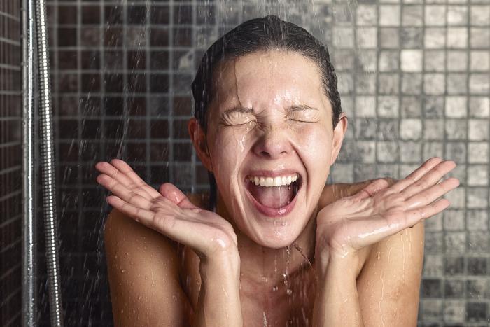 Studená sprcha ti pomůže začít s otužováním!