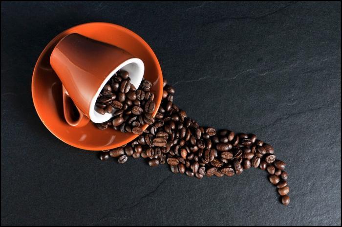 Káva může být ve velkém množství i nebezpečná.