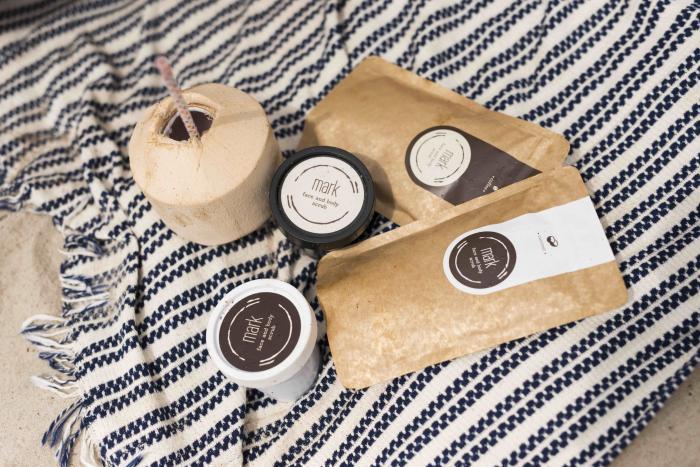 Kávový scrub se o tvou pokožku dokonale postará i v létě.