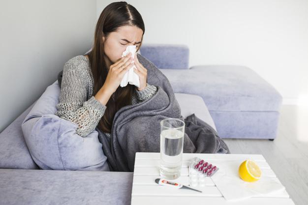 Chřipku si často pleteme s obyčejnou rýmou.