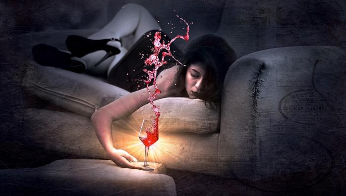 Občasné popíjení se může snadno změnit v závislost na alkoholu.