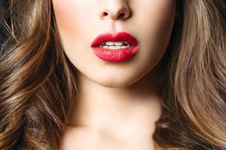 Na botox nemusíš, rty se dají zvětšit i jinak!
