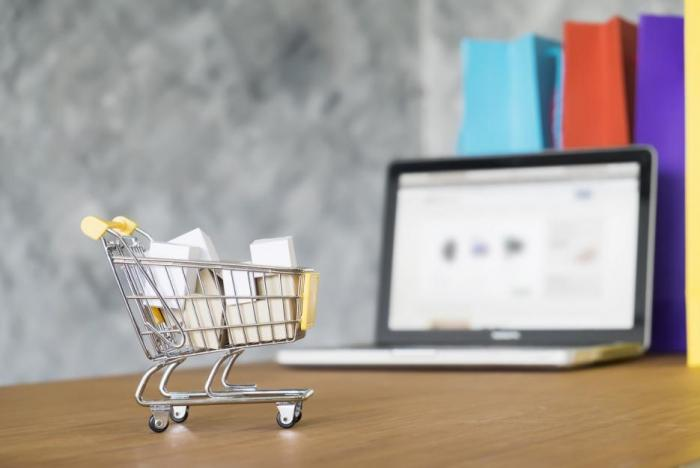 Nakupování v e-shopu se může i pěkně vyplatit.
