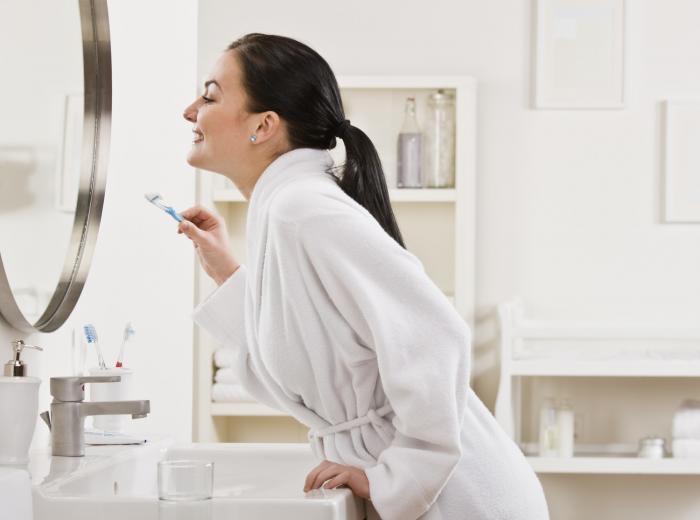 Čistit si zuby víckrát než 2x denně je zbytečné.