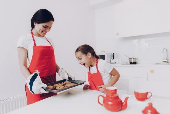 Tenhle čas můžeš využít k tomu, abys děti naučila něco praktického.