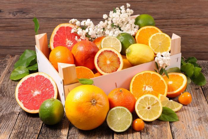 Citrusy pomáhají spalovat tuky v těle.