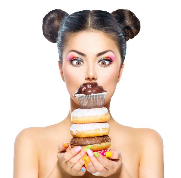Čokoládová nebo koblihová dieta? Jasně, bylo by to super, ale nefunguje!