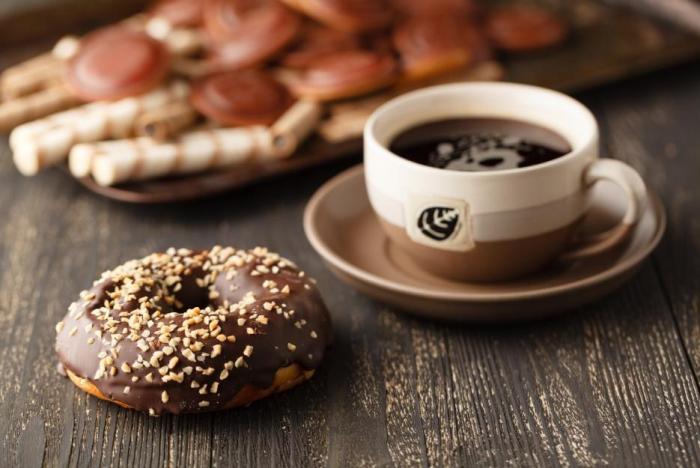 Donuty a koblížky jsou lahůdka, ale v jídelníčku se je nevyplatí mít.