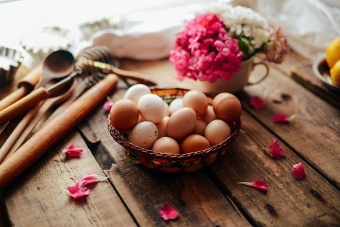 Že vejce způsobují vysokou hladinu cholesterolu v krvi, je mýtus, kterému lidé stále věří.