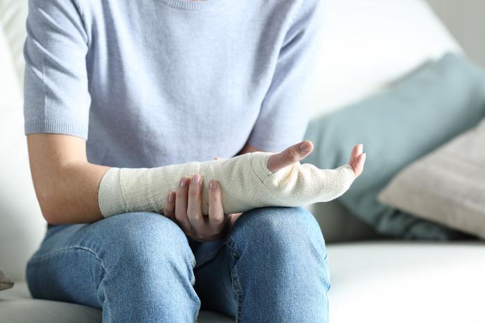 Zpevnění a chlazení jsou dva nejúčinnější způsoby, jak si pomoct od bolesti.