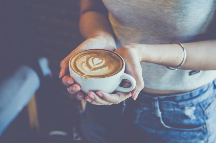 Potíže se spánkem? Káva na vině nebude.