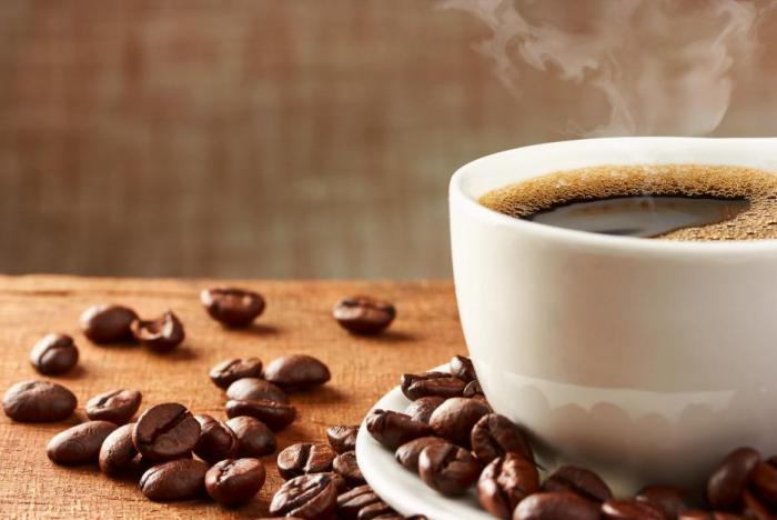Někdy pomůže i obyčejná silná hořká káva.