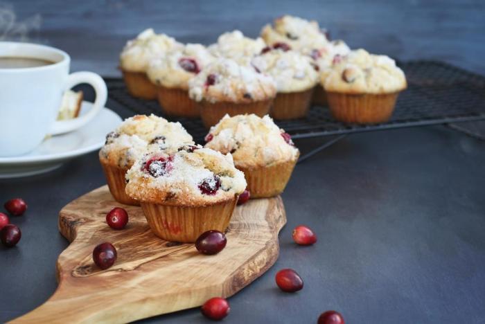 Do muffinů se dá dát skoro všechno.