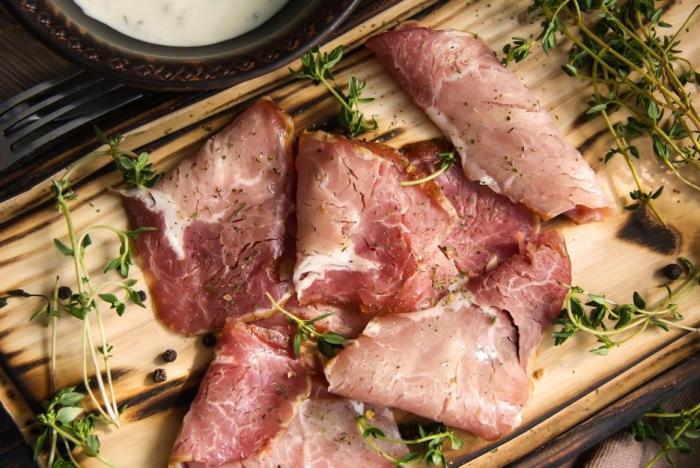 Nejefektivnější způsobem hubnutí je i nadále vyvážený jídelníček a kalorický deficit.