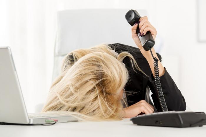 Jseš nesoustředěná, nic se ti nedaří a děláš chyby? Možná je čas se pořádně vyspat!