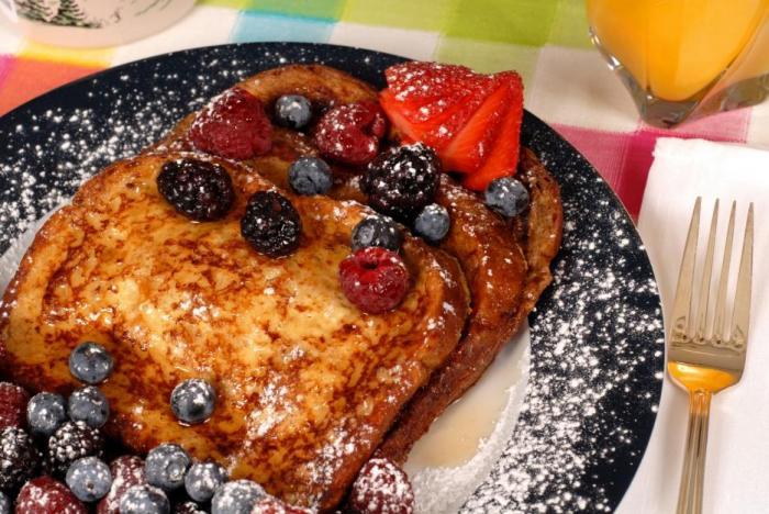 Francouzský toast je nezdravý, ale chuťově dokonalý.