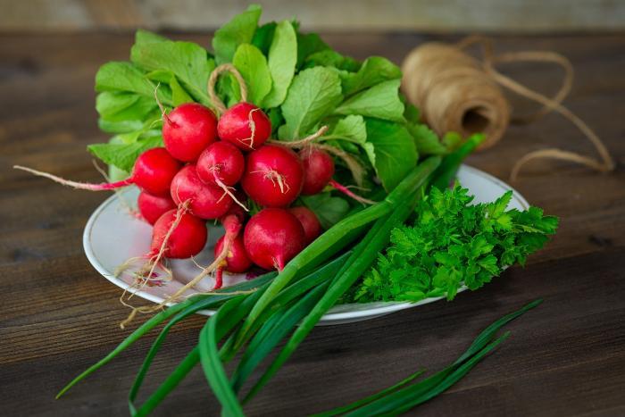 Ředkvičky pomáhají regulovat krevní tlak a cukr.