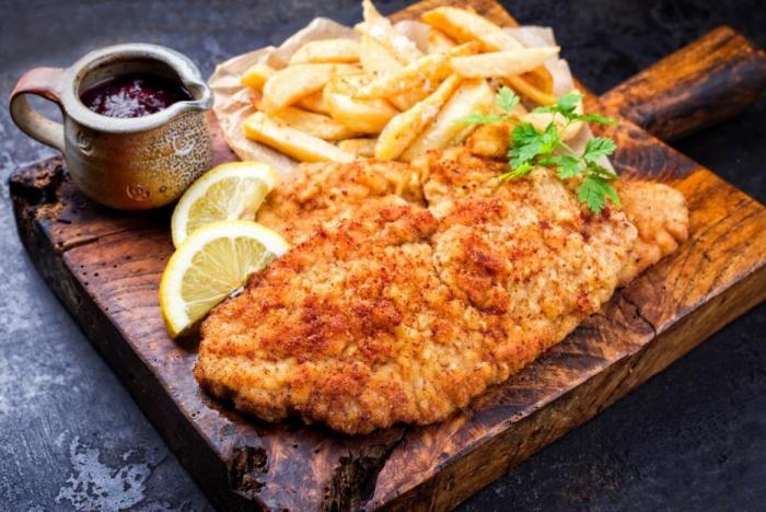 Smažená jídla během nemoci jen zatíží trávení.
