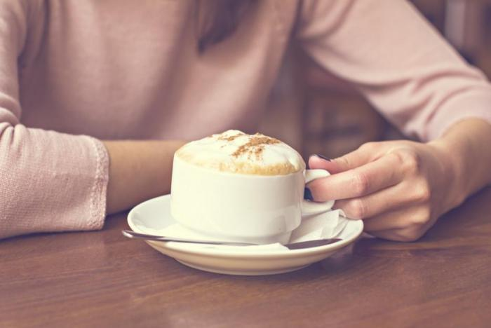 Princip zavěšené kávy pochází z poválečné Neapole.