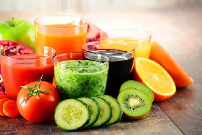 Skvělou alternativou konzumace ovoce a zeleniny je příprava smoothie.