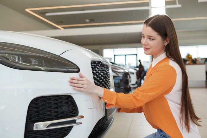 Koupit auto není jako koupit bochník chleba. Chce to čas a rozvahu.