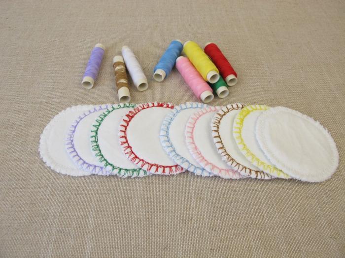 Dokonce si můžeš vyrobit i svoje vlastní odličovací tampóny.