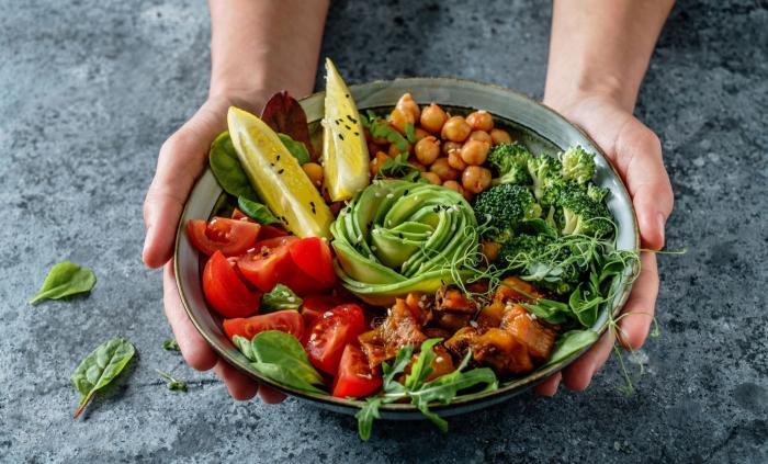 Buddha Bowl je jednoduché a vyvážené jídlo.
