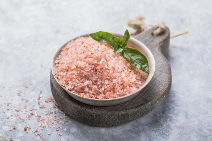 Himálajská sůl obsahuje navíc některé minerály.