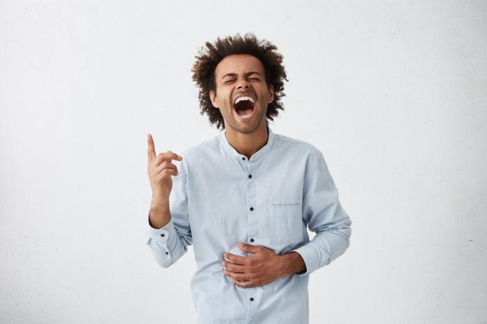 Smích prodlužuje život. Tak se zasměj na povedenými přirovnáními.