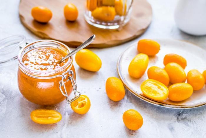 Kumkvat je bohatý na vitamín C, měď, vápník a draslík.