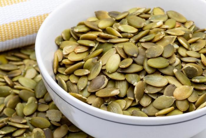 Dýňová semínka můžou sloužit pro výrobu dýňového oleje. Ten je pak dobrý například na potíže s prostatou.