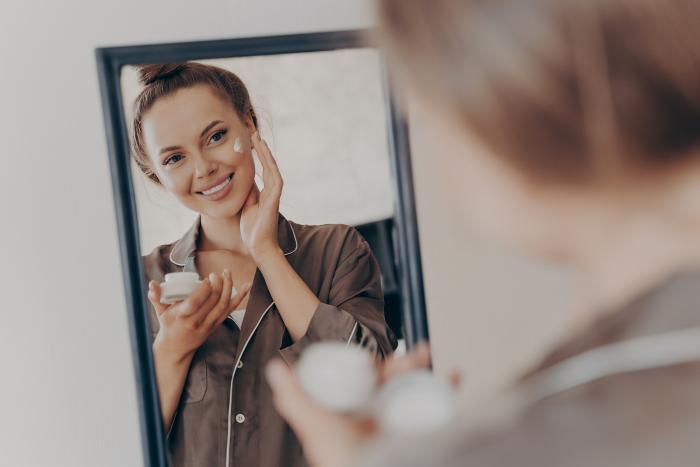 Neboj se zainvestovat do kosmetiky a všeho, co ti udělá dobře!
