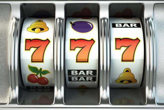 Večery na dovolené si můžeš užít v kasinu.