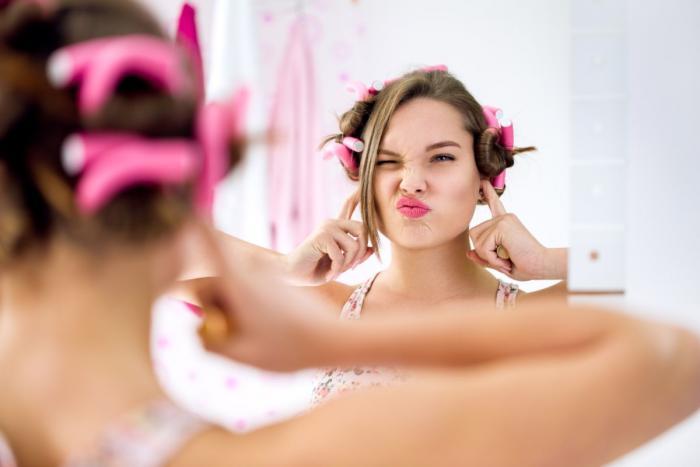 Aby si mohla ze svých vlasů vytvořit opravdu trendy účes, musejí být zdravé a kvalitní.