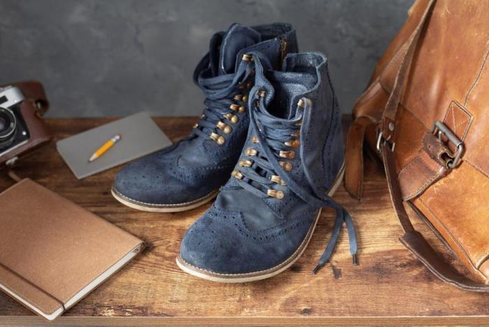 Těsné boty se dají roztáhnout třeba pomocí alkoholu.